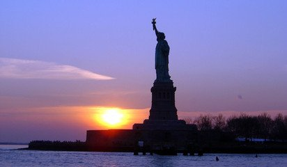 statue-of-liberty-2-1235224