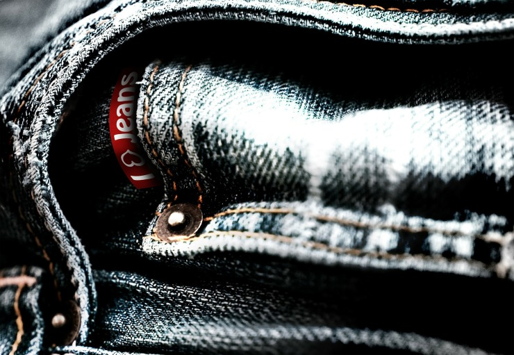 jeans-100136_1920